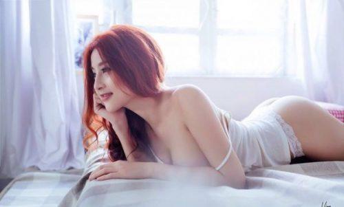 Benzersiz masaj yapan eskort Elif