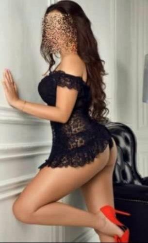 Seksi otelde buluşan kadın Pelinsu